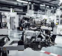 奔驰宣布下一代高性能车型的发动机将引入电动涡轮增压器